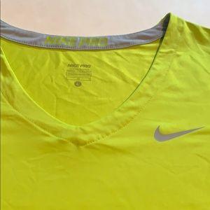 Nike Tops - Nike PRO Shortsleeve V-Neck shirt